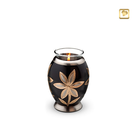 CHK 250 Flower Candle Holder