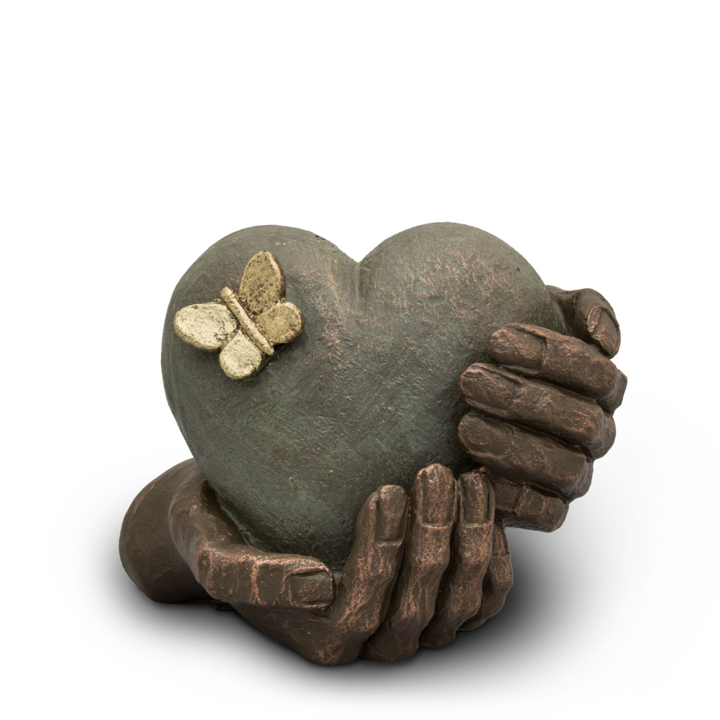 UGK 065 Ceramic Heart Urn